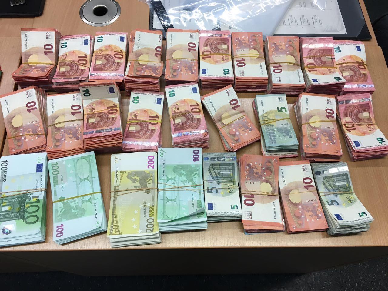 1 Euro € in Australischer Dollar kurs umrechnen. Wechselkurs Euro € Australischer Dollar. Aktueller Historischer kursen. Währungsrechner EUR in AUD. Währungsrechner Euro € zu Australischer Dollar umrechnungkurs. Aktuellster WechselKurse auf suomenpaineautot.info